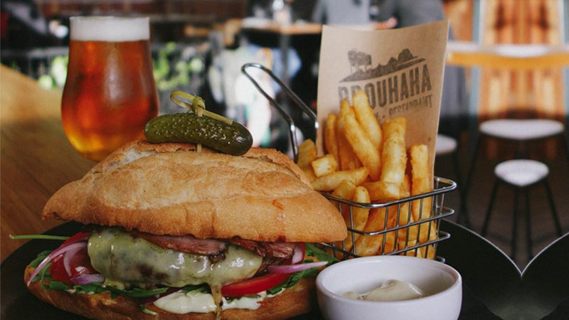 You'd drive from Brisbane to Brouhaha Brewery for a burger this good.